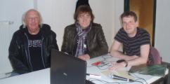 Die Puhdys im Studio von Radio Marabu (Peter Meyer, Dieter Birr und Moderator Marcel Fischer).PNG
