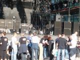 Fans vor der Bühne haben ein Geheimnis.JPG