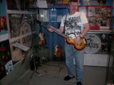 12 Bass-gitarre.jpg