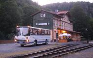 Ikarus Bus am Bahnhof Eisfelder Talmühle, 29-06-2019.JPG