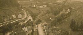 Volka-Zug im Tal.jpg