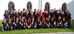 Chor-mit-Patsy-2008.jpg