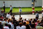 checkpoint charlie berlin 1989.jpg