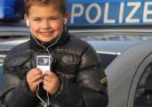 Micky-Maus-Radio-hoert-Polizeifunk-ab_ArtikelQuer.jpg