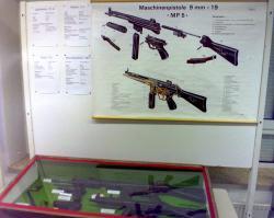 MP5 und G3.jpg