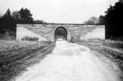 Bild 7 - Unfertige Unterf�hrung bei Herleshausen; Dieter Mayer-G�rr.jpg