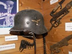 Helm 002.JPG