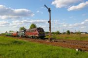 My 1151 und 1147 bringen den Zug nun nach Magdeburg.JPG