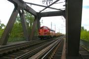 Elbbrücke Magdeburg DBV 82570 nach Königsborn.JPG