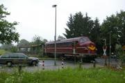 Hannover Nordbahnhof Firmenwagen und Lok.JPG