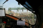 Kopie von Blick für den Lokführer Signalbrücke vorm Hbf Hamburg.JPG
