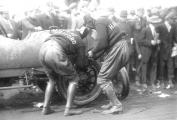 1900s pope-hartford tire change.jpg