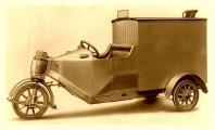 BEF Fiedler & Co. Elektrischer Dreiradwagen 1000.jpg