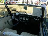 Innenraum des NSU Fiat.jpg
