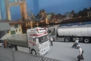 London 002.JPG