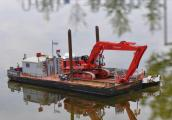 Ponton & Liebherr Frachter 6.JPG