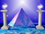 pyramideblausaeulen.jpg