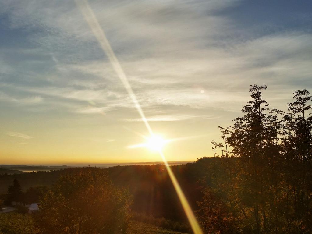 24.10.2015 - Morgenstimmung bzw. Sonnenaufgang @ Gleisdorf/Kirchweg (STMK)