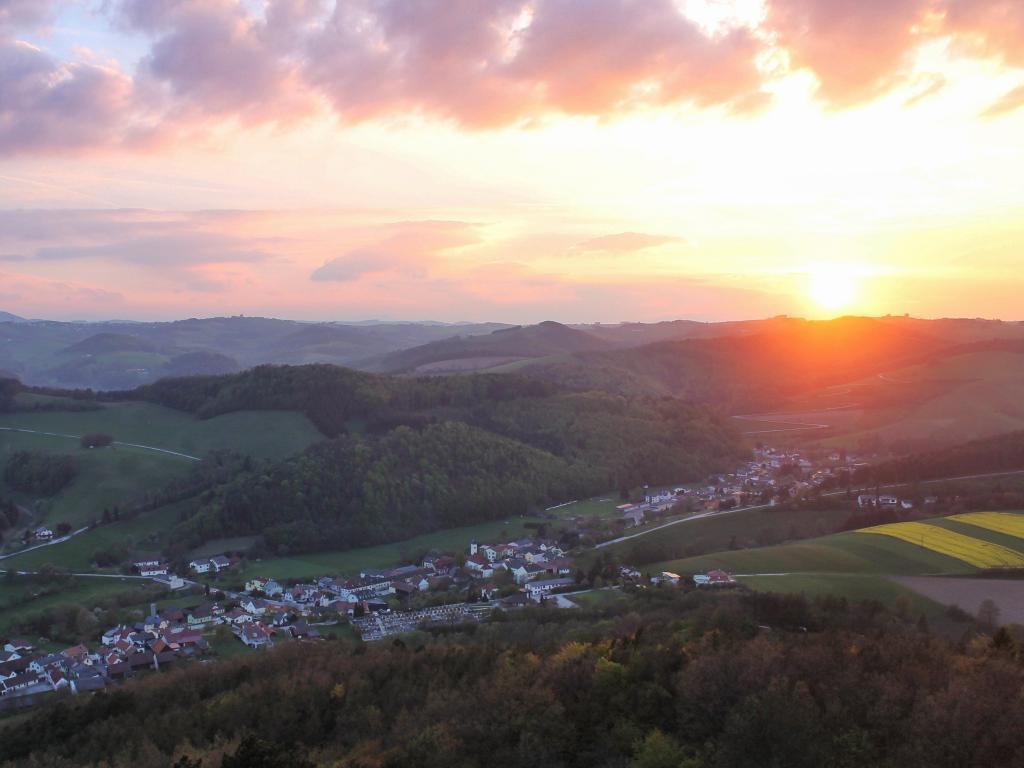 01.05.2017 - Sonnenuntergang bzw. Abendstimmung @ Schwarzenbach (NÖ)