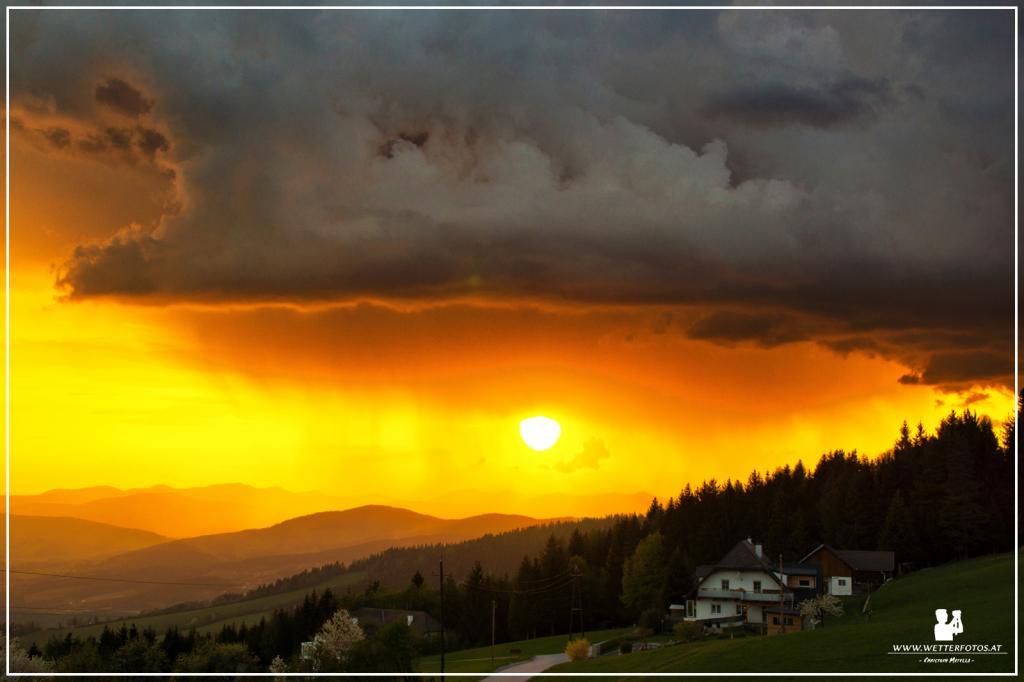 28.04.2018 - Gewitter im Sonnenuntergang @ Masenberg (STMK)