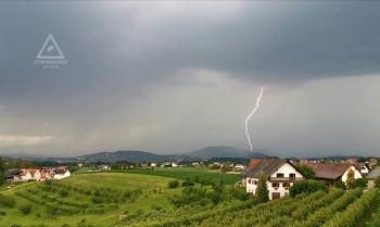 Gewitter mit Hagel 28.06.2020, Steinbergstraße Blickrichtung Westen (Video Screenshot)