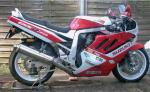 2004_GSXR750