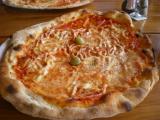 Pizza im Bonaca.jpg