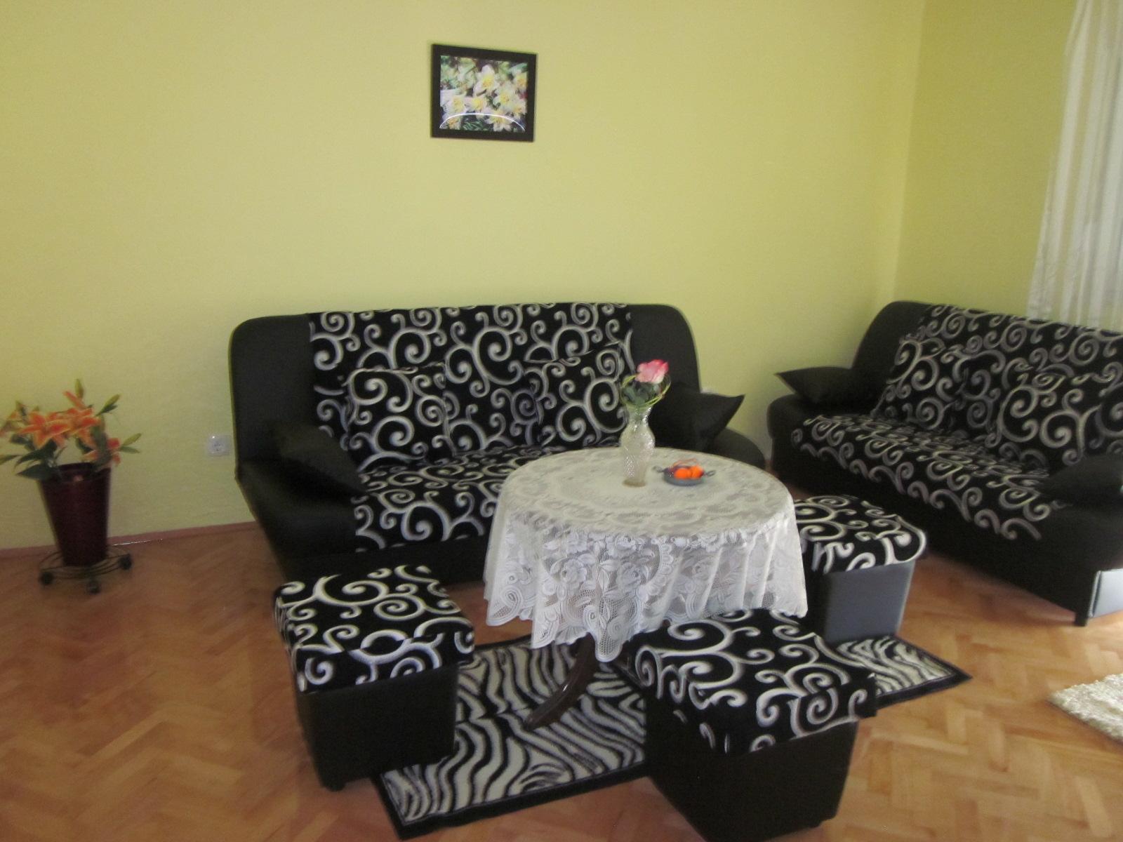 RE: Möbel nach Kroatien transportieren oder second hand kaufen? - 2