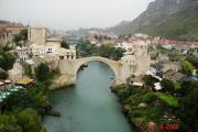 Mostar; neue Brücke Ansicht.JPG
