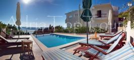 Ivasnjak Pool Villa 510 pano_wm_.jpg