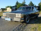 Cadillac_Fleetwood_1981_04.jpg