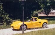 Lotus Elise-1998.jpg