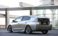 2010-honda-insight-sports-modulo-concept-2.jpg