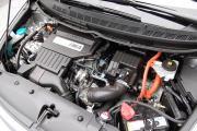 08_Civichybrid_enginebay.jpg
