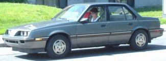 1988_5_Pontiac_Sunbird.jpg