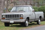 800px-81-93_Dodge_Ram.jpg