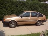 800px-1984_Corolla_DX_at_544,204_Miles_(875,811_Kilometers).jpg