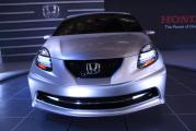 05-honda-small-car-live.jpg