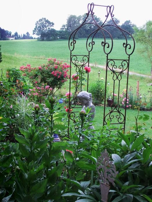 Gartengestaltung rosenbogen for Gartengestaltung rosenbogen