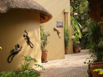k-Chobe Safari Lodge-DSC07799.JPG