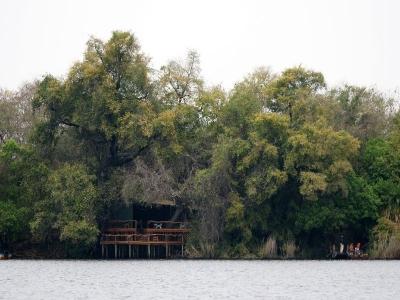 k-Guma Lagoon Camp÷©÷MR÷002.JPG