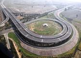 290px-Aerial_view_of_Yamuna_Expressway.jpg