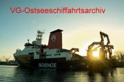 SONNE ForschungsS 20141125 Warnemünde DjpgX.jpg