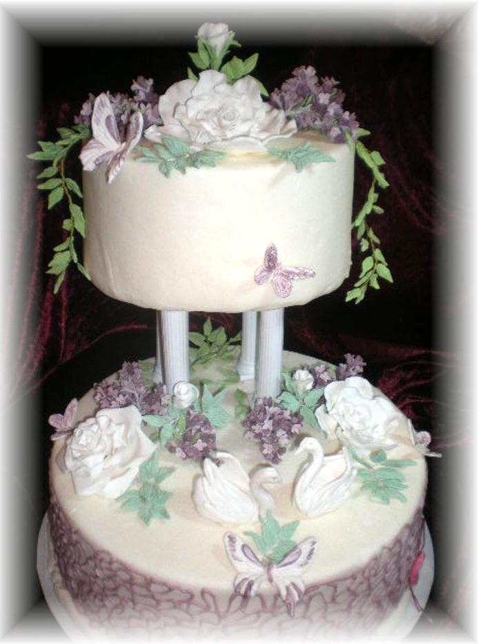 Besondere Anlässe 1. » weiß lila Hochzeitstorte