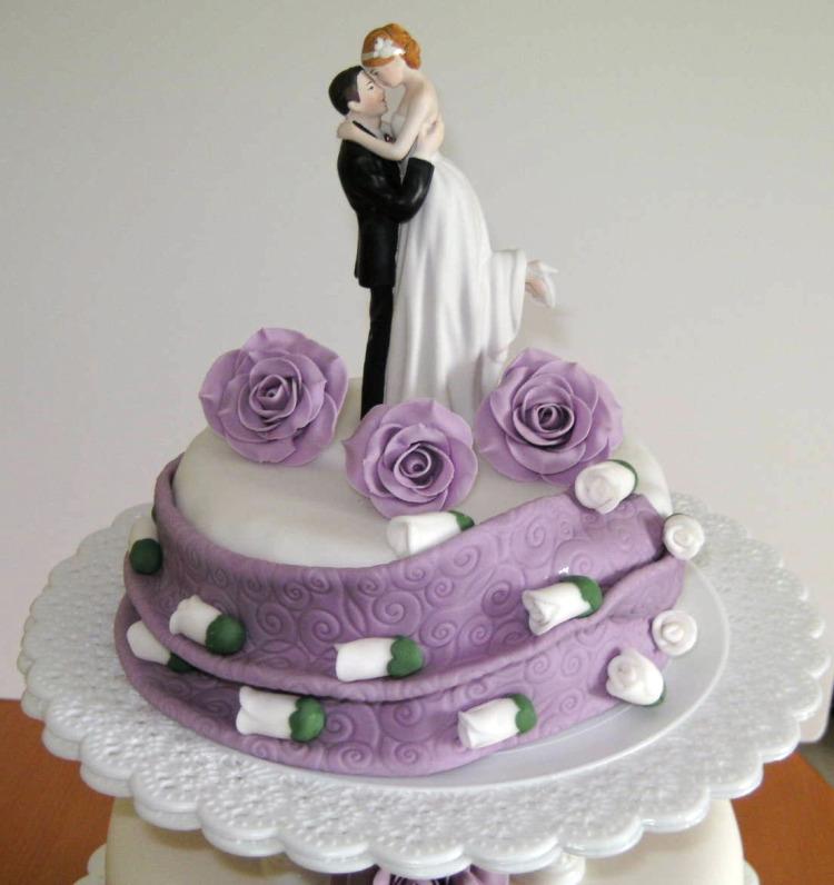 Besondere Anlässe 1. » Hochzeitstorte in weiß/lila