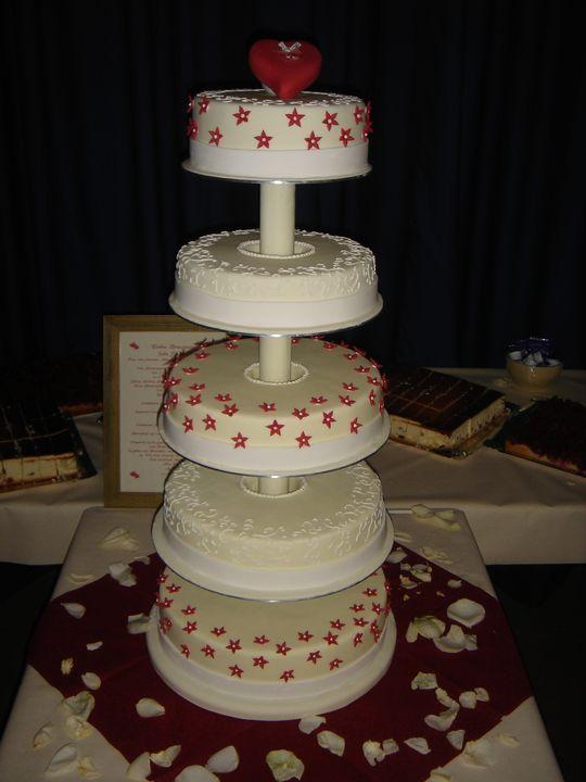 Besondere Anlässe 1. » Hochzeitstorte mit Herz