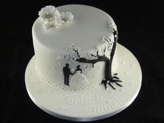 Besondere Anlässe 1. » Hochzeitstorte weiß, schwarz & silber
