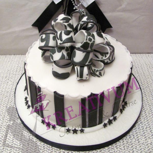 besondere anl sse 1 schwarz wei e geschenk box torte. Black Bedroom Furniture Sets. Home Design Ideas