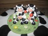 Glückliche Kühe im Gras.JPG