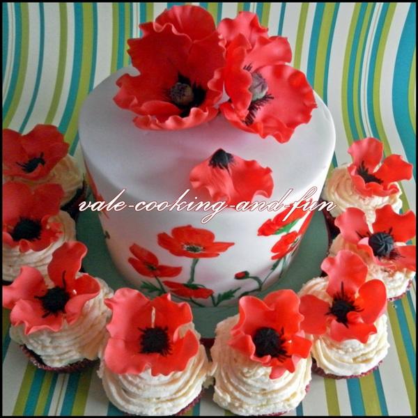 geburtstag erwachsene mohnbl ten torte und cupcakes zum. Black Bedroom Furniture Sets. Home Design Ideas